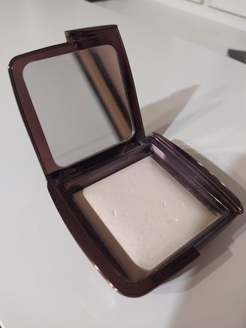 Hourglass ambient lighting powder ethereal light 10g