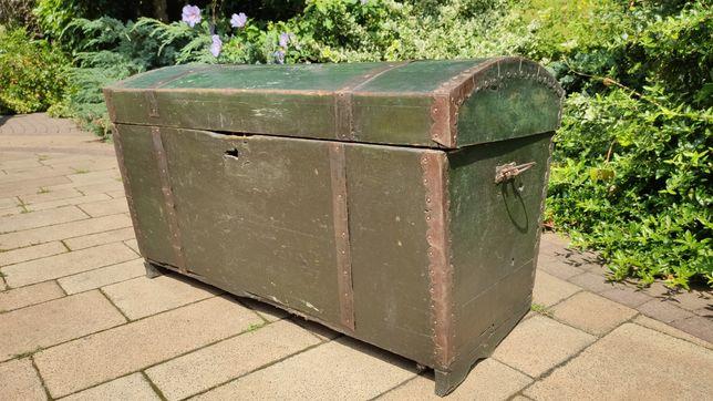 Duża skrzynia, kufer zielony