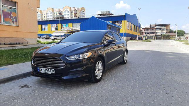 Автомобиль Ford Fusion 2.5