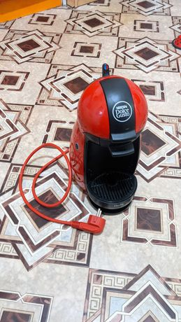Кофеварка Nescafe Dolce Gusto Krups капсульная