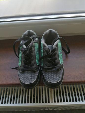 Buty z rolkami używane