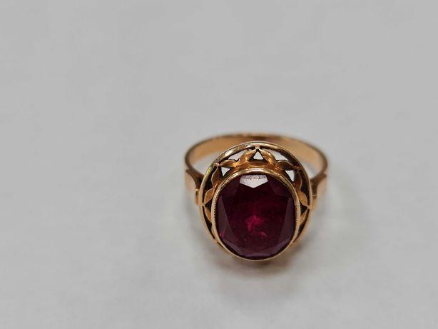 Warmet! Piękny złoty pierścionek/ 585/ 4.83 gram/ R16