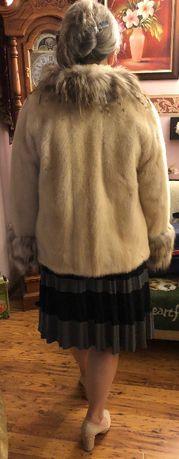 Piękne futro z norek jasny beż jak nowe 42 krótkie