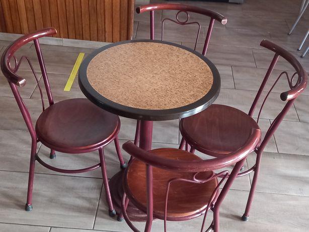 Vendo 12 conjuntos de messa com  4 cadeiras cada.