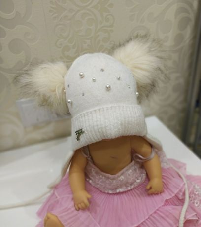 Шапка зимняя носки трусы чешки повязки на девочку 2-3 года