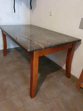 Mesa em cerejeira com granito 162cm x 92cm