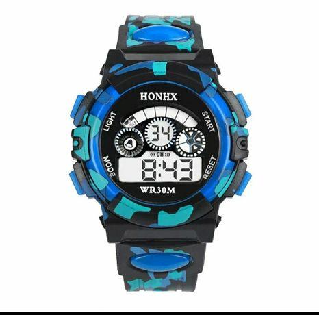 Наручные часы спортивные мужские с подсветкой водонепроницаемые