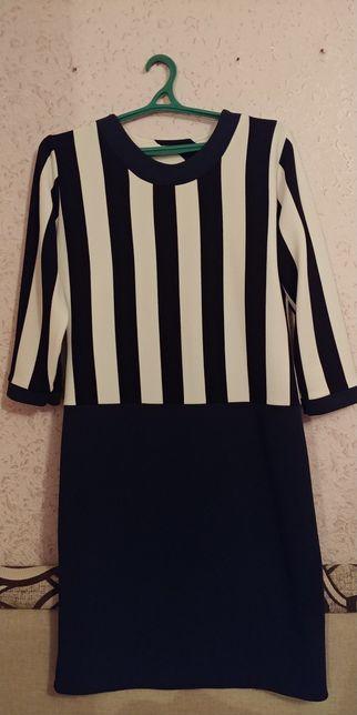 Новое красивое платье, трикотаж