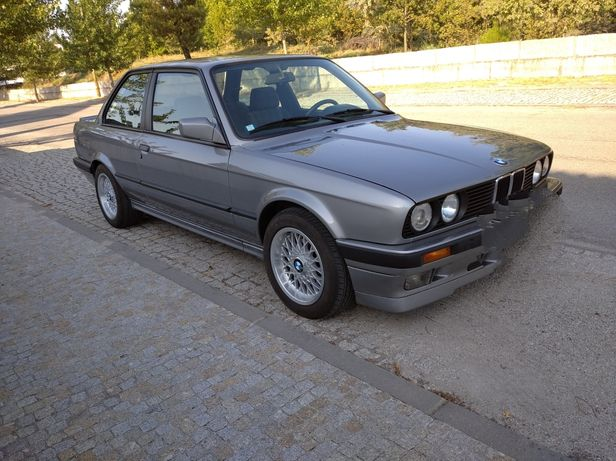 BMW E30 coupe 318IS