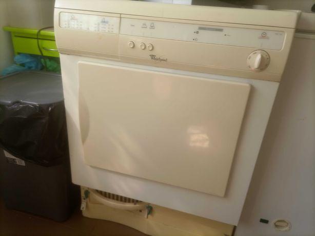 Máquina de secar roupa bom estado