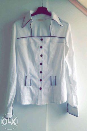 Biała koszula dopasowana