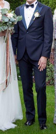 Garnitur weselny smokingowy koszula zestaw