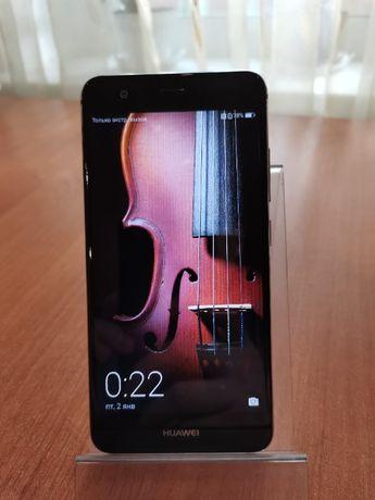 продам Huawei Nova CAN-L11 (NFC / 3/32gb / 12 Mpx /Type-C)