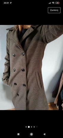 Szary  ładny płaszcz