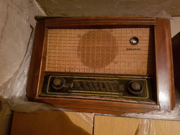 Stolica - zabytkowe radio lampowe