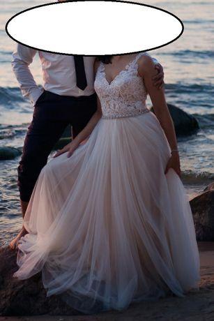 Piękna suknia ślubna Chantal By Ola La r.M/L ivory