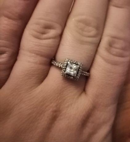 Продам срібний перстень