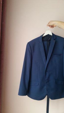 Elegancki garnitur dla mężczyzny 180+, około 100kg wagi
