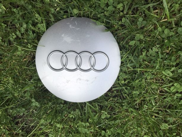 Kołpaki do Audi A6 C-4