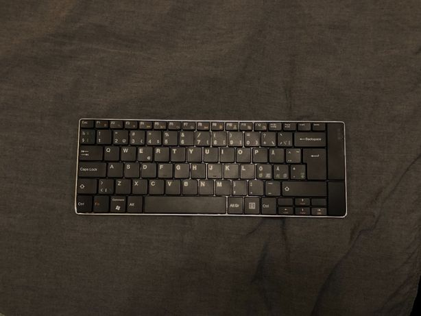 Беспроводная bluetooth клавиатура