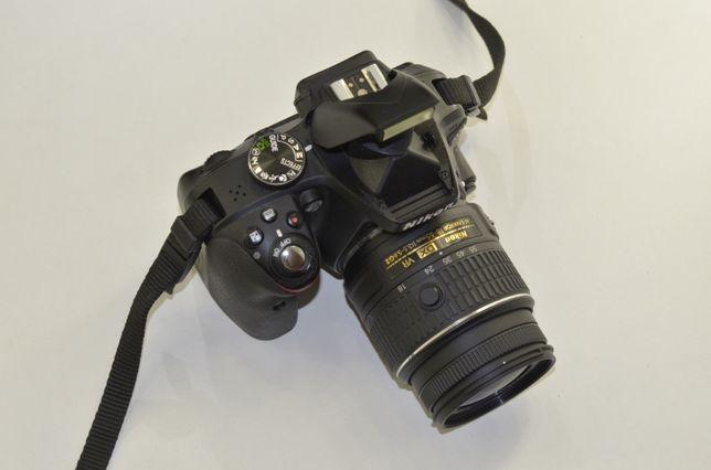 Зеркалка Nikon D3300 + 18-55