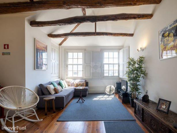 Apartamento T1 para arrendar mobilado, na Rua de Santa Ca...