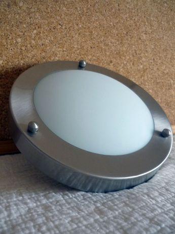 Focos de Luz: Foco Luminoso de Teto e Aplique Parede forma de Lâmpada