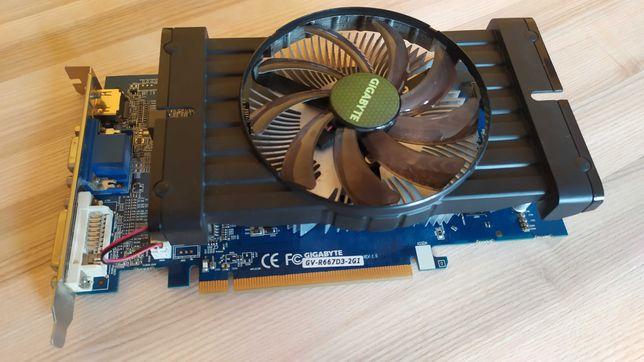 ATI Radeon HD 6670 2GB