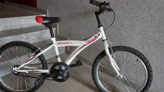 Bicicleta EMT desportiva