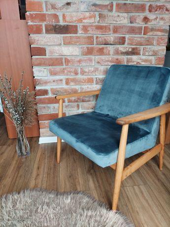 Fotel lisek PRL po renowacji