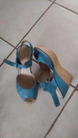 Buty damskie Ryłko, sandały na koturnie, roz. 36