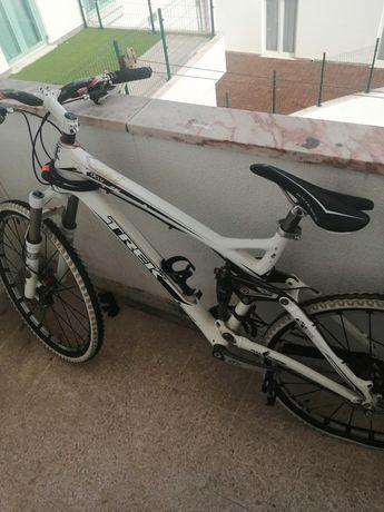 Bicicleta modelo TREK