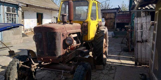 Продам трактор ЮМЗ 6  и культиватор