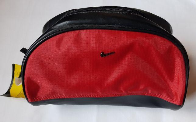 908 NIKE GOLF kosmetyczna czerwona z czarną skórą sportowa elegancka