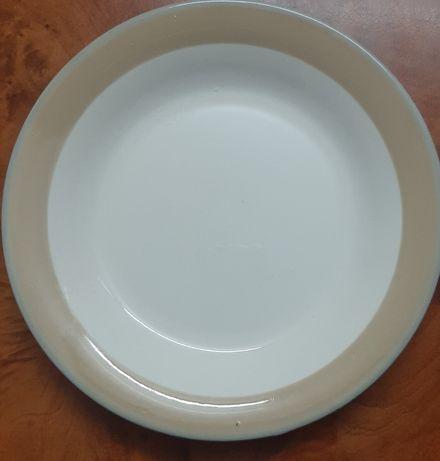 Продам тарелки, новые и кастрюлю 2 л б/ у
