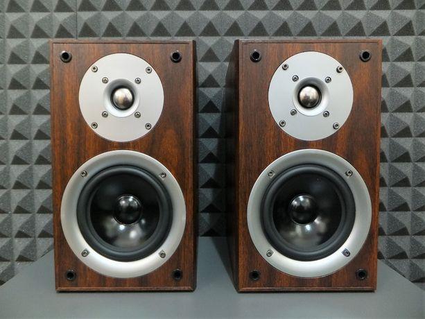 Do kina i stereo: kolumny głosnikowe monitory 50W / 6 Ohm