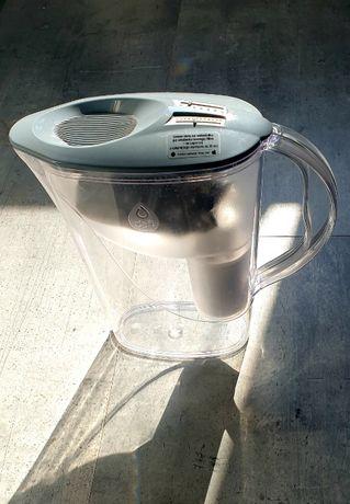 Dzbanek do filtrowania wody Dafi