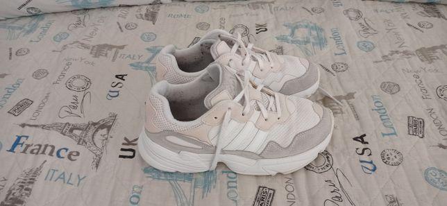 Adidas yung num 36