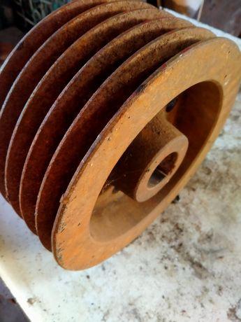 250мм Ц профиль 45 ОТВ  шкив на швейную машину