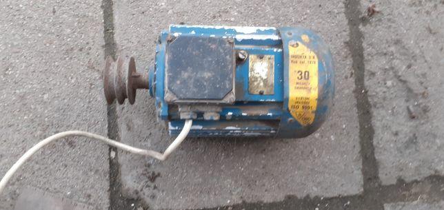 Silnik siła 380v