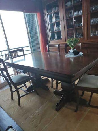 Mesa + cadeiras - Paços de Ferreira - Estilo Luís Filipe