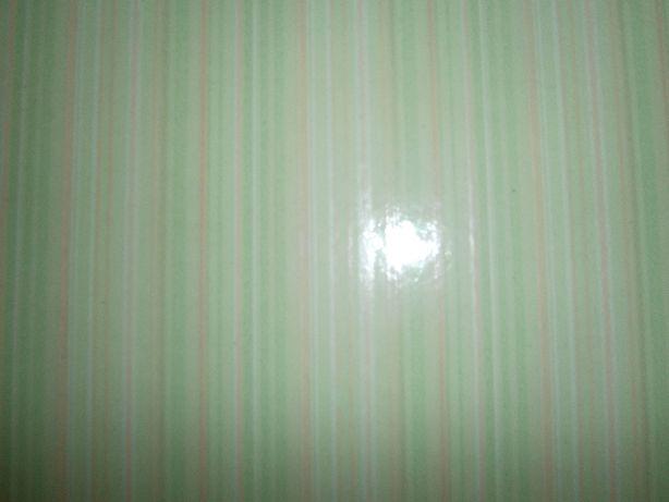 Плитка керамическая 40*40 салатового цвета