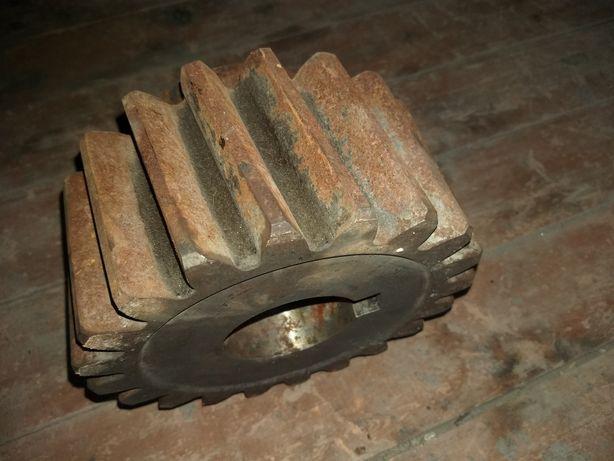 Продам шестерню моторную на двигатель ДПЭ 52,буровой станок СБШ 250
