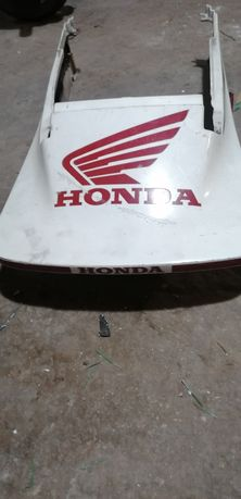 Pare rzeczy Honda VF 500F