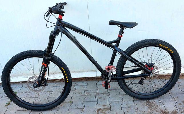 sprzedam rower dartmoor primal