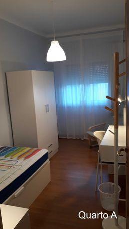 Aluguer de quarto em Almada a estudantes do sexo feminino