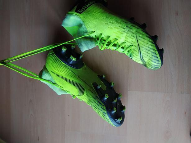 Chuteiras Nike Mercurial 2018 (AMARELAS)