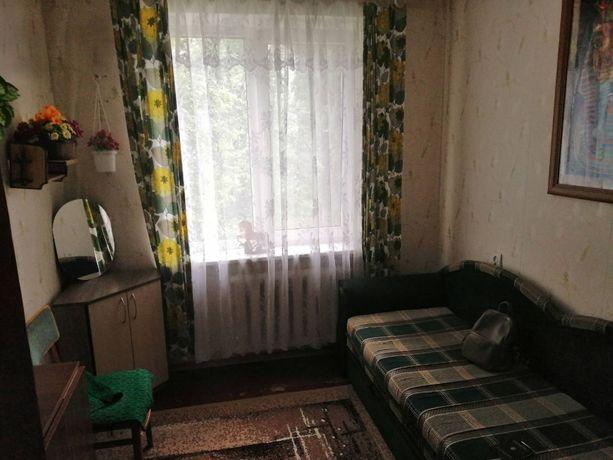 Сдам комнату девушке в двухкомнатной квартире с хозяйкой