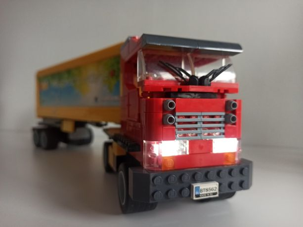 Klocki Ciężarówka ze świecącymi światłami