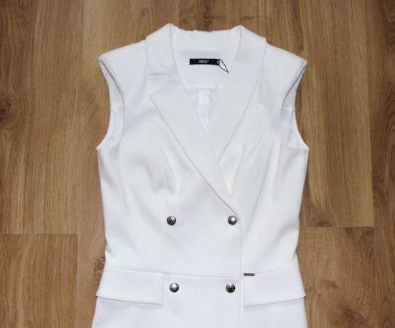 SIMPLE biała sukienka suknia 36 S ślub chrzest komunia biel guziki